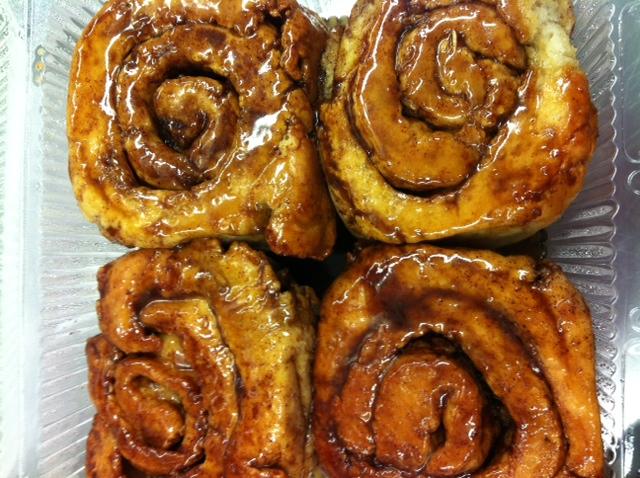 recipe: ooey-gooey cinnamon buns [24]